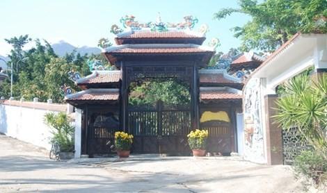 Biệt phủ đại gia Ngô Văn Quang sắp bị tháo dỡ.