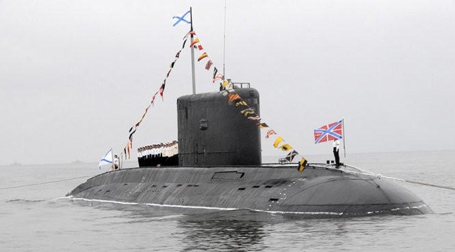 Tàu ngầm Rostov-on-Don của Nga - Ảnh: Yuri Maltsev/Reuters