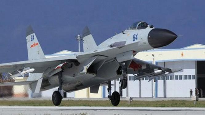 J-11B - sản phẩm làm nhái công nghệ Su-27 của Liên Xô/Nga