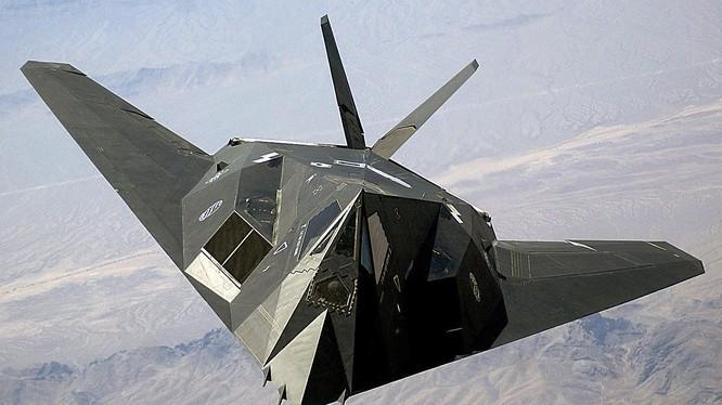 Một chiếc máy bay tàng hình F-117 đã bị phòng không Nam Tư bắn hạ nhưng Mỹ không thừa nhận