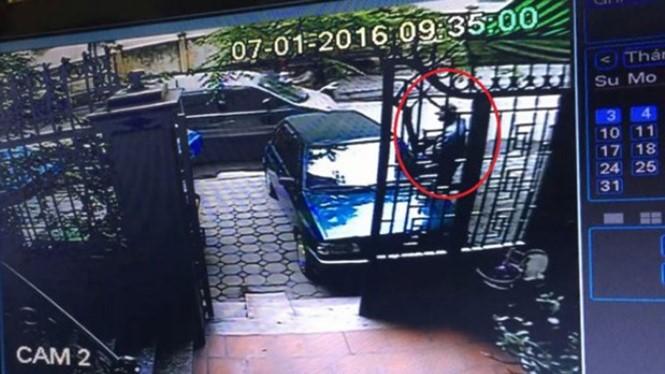 """Hình ảnh từ camera về vụ """"cướp xe vàng"""""""