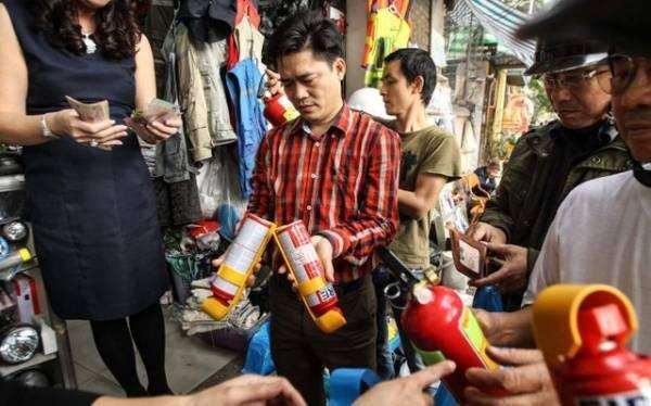 Quy định mới của Bộ Công an khiến người dân đổ xô đi mua bình cứu hỏa