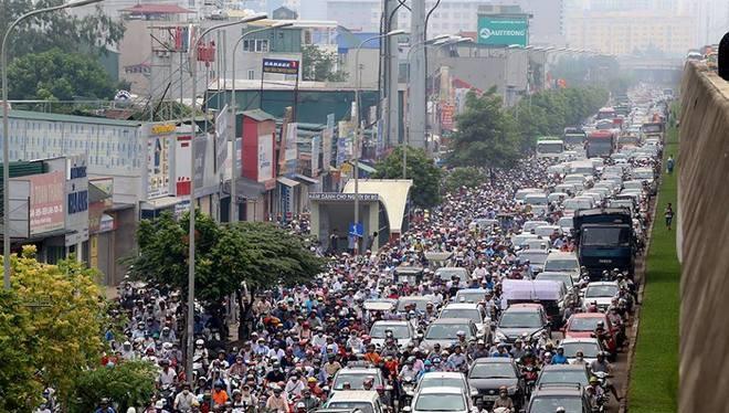 Đường vành đai 3 Hà Nội thường xuyên diễn ra cảnh tắc đường