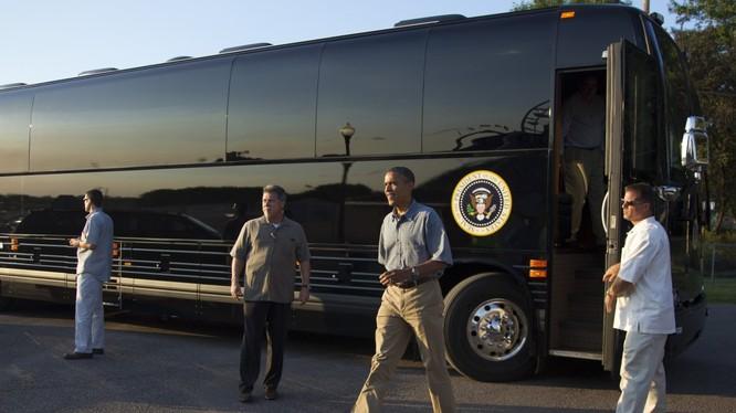 Chiếc xe buýt bọc thép mới của ông Obama