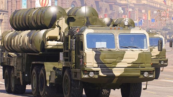 Tổ hợp tên lửa S-400 của Nga