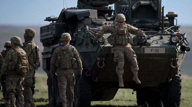 Binh sĩ NATO