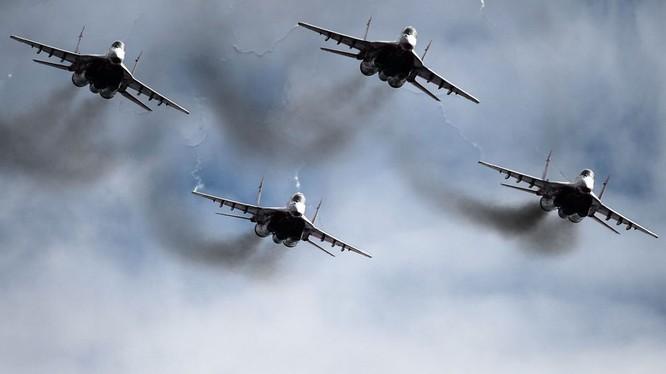 Phi đội chiến đấu cơ Nga