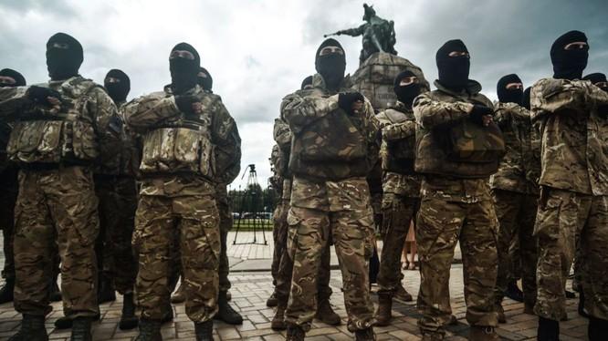 Lính Ukraine ở miền đông