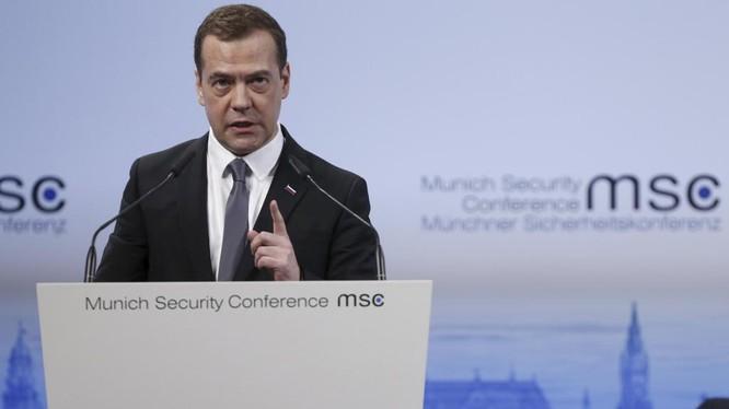 Ông Medvedev cảnh báo một cuộc chiến toàn diện tại Syria