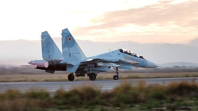 Máy bay chiến đấu Nga tham chiến tại Syria