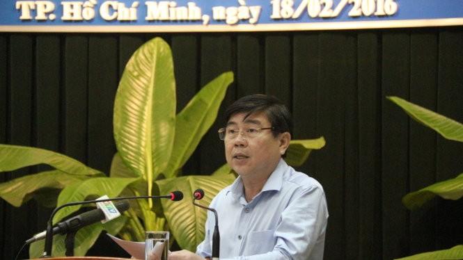 Chủ tịch UBND TP.HCM Nguyễn Thành Phong phát biểu chỉ đạo tại cuộc họp ngày 18-2 - Ảnh: Mai Hương