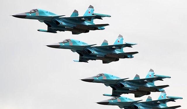 Phi đội cường kích bom Su-34 của Nga