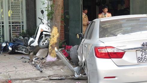 Chiếc xe trong vụ tai nạn đâm chết 3 người