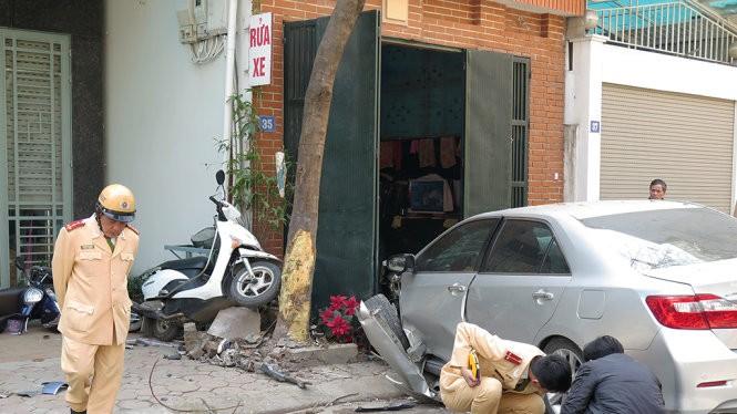 Hiện trường vụ tai nạn - Ảnh: QUANG THẾ