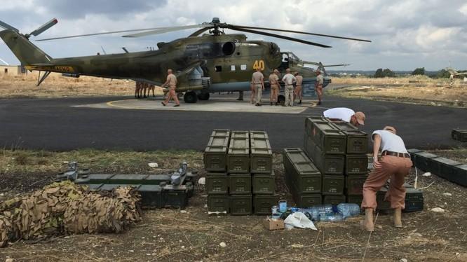 Những đơn vị đầu tiên của quân đội Nga đã bắt đầu rút khỏi Syria
