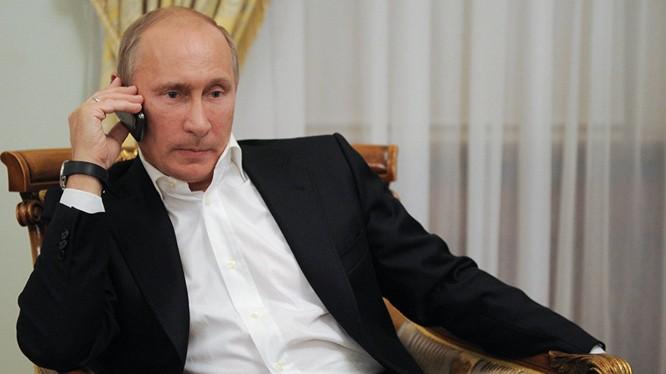 Ông Putin lại một lần nữa khiến thế giới kinh ngạc về những động thái bất ngờ