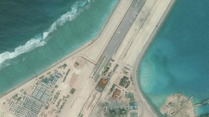 Một góc đá Xu Bi đang được Trung Quốc ráo riết cải tạo, bồi lấp thành đảo nhân tạo tại quần đảo Trường Sa của Việt Nam