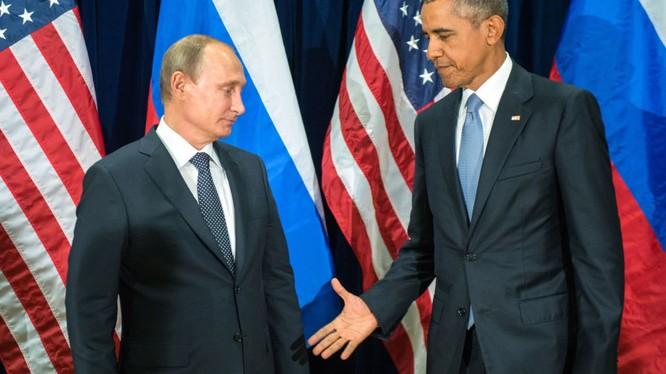 Hai nhà chính khách Nga và Mỹ luôn so kè với nhau