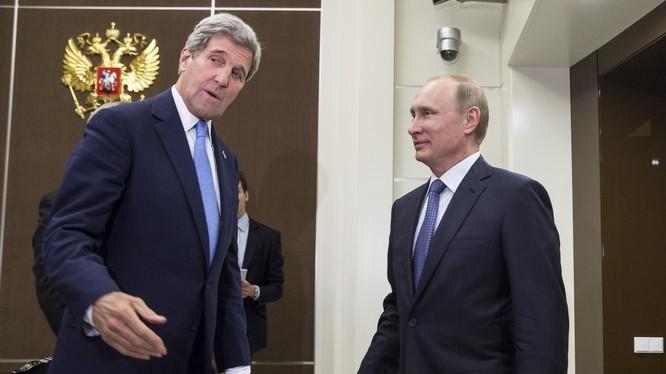 Ông Putin và ngoại trưởng Mỹ Kerry