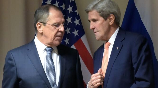 Ngoại trưởng Mỹ Kerry đang thăm Nga nhằm tháo gỡ hàng loạt khúc mắc giữa đôi bên