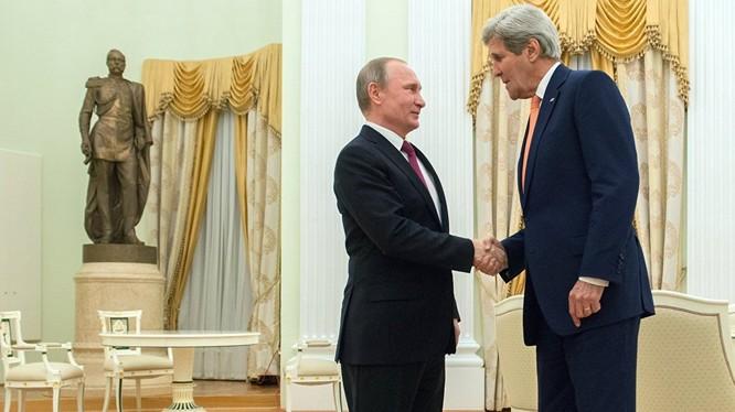 Ngoại trưởng Mỹ đã hội kiến ông Putin