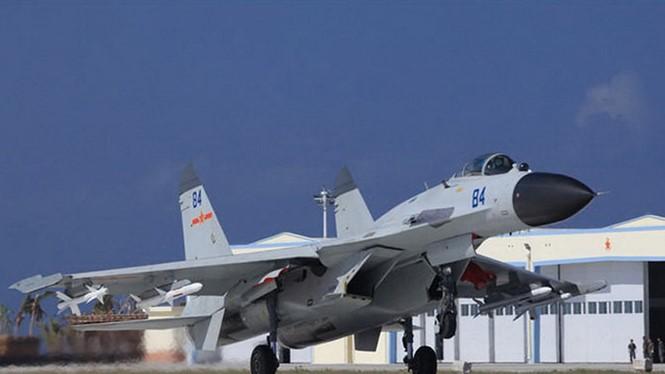 Tiêm kích J-11 của Trung Quốc ở đảo Phú Lâm, quần đảo Trường Sa của Việt Nam