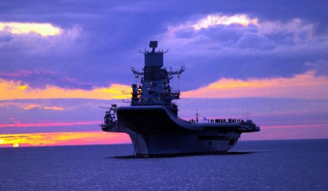 Tàu sán bay của hải quân Ấn Độ