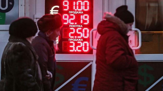 Kinh tế Nga đang trải qua thời kỳ khó khăn