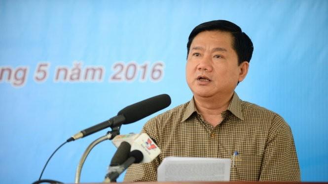 Bí thư thành ủy TP.HCM Đinh La Thăng trình bày chương trình hành động của mình trước cử tri huyện Củ Chi