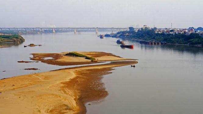 Dự án xây một loạt đập trên sông Hồng đang làm dư luận hết sức quan ngại