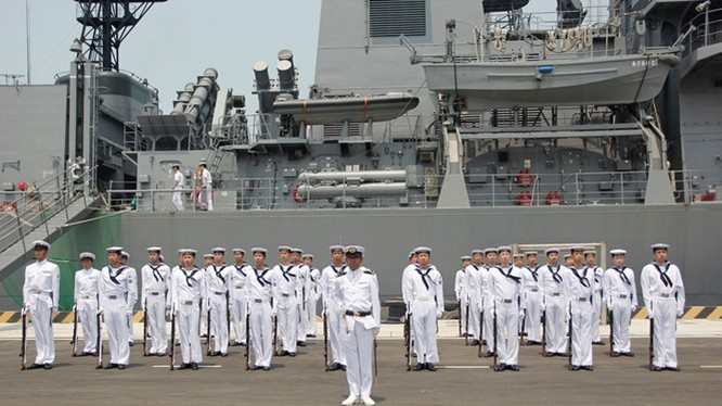 Thủy binh Nhật Bản trong chuyến thăm Cam Ranh hồi tháng 4/2016