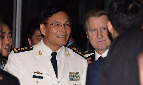 Đô đốc Tôn Kiến Quốc dẫn đầu đoàn Trung Quốc tham dự Đối thoại Shangri-La. Ảnh: CNA