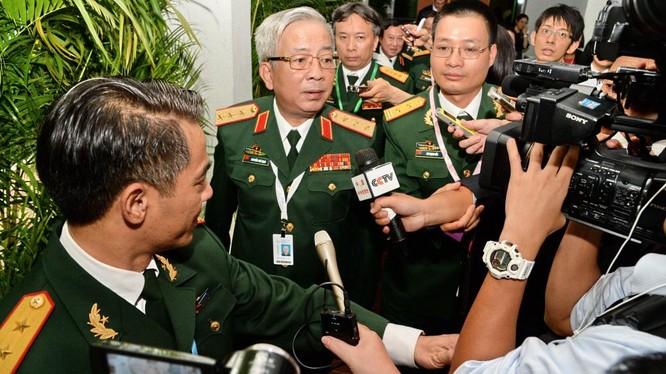 Thượng tướng Nguyễn Chí Vịnh tại Đối thoại Shangri-La 2016