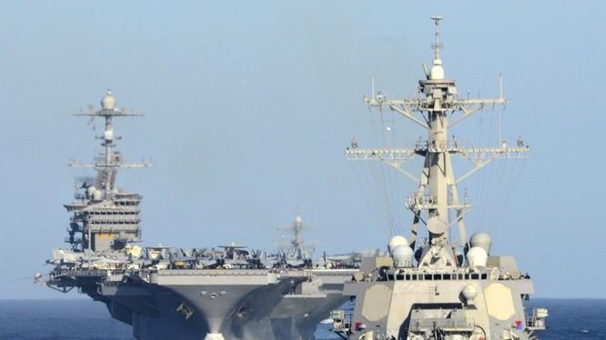 Mỹ đã điều tới hai cụm tác chiến tàu sân bay sẵn sàng xung quanh khu vực Biển Đông