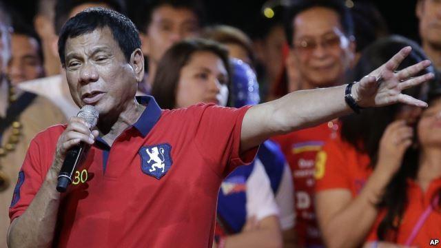 Trung Quốc đang cố ve vãn tân tổng thống Philippines Duerte thương lượng theo yêu cầu của Bắc Kinh