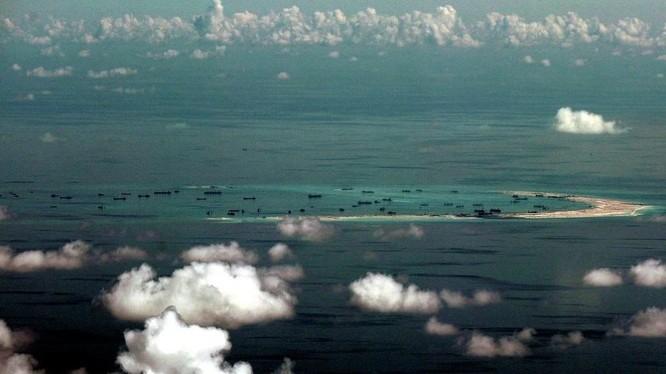 Trung Quốc ráo riết bồi lấp, xây đảo nhân tạo trái phép ở quần đảo Trường Sa của Việt Nam