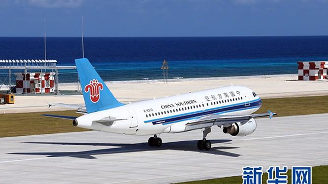 Trung Quốc ngang nhiên cho máy bay đáp xuống đường băng ở quần đảo Trường Sa