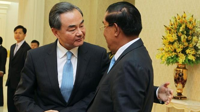 Quan hệ Trung Quốc và Campuchia có vẻ rất nồng ấm và khăng khít
