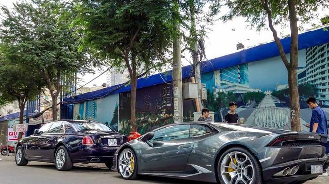 Những chiếc xe siêu sang có giá hàng chục tỷ đồng không hề hiếm tại Việt Nam