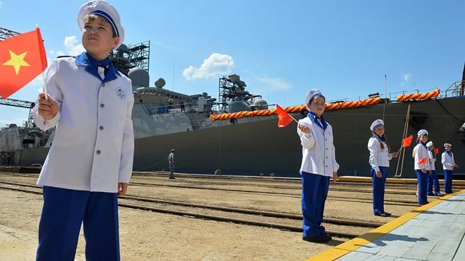 Chiến hạm Nga đóng cho Việt Nam