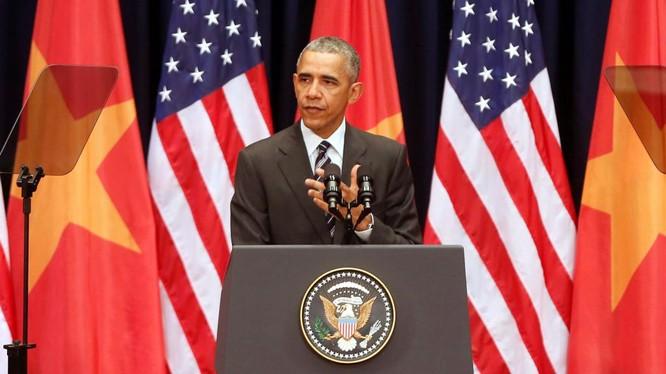 Tổng thống Barack Obama trong chuyến thăm lịch sử tới Việt Nam tháng 7/2016