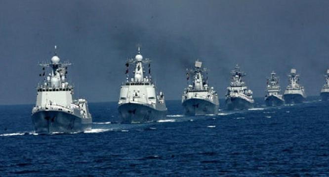 Chiến hạm hải quân Trung Quốc tập trận ở Biển Đông
