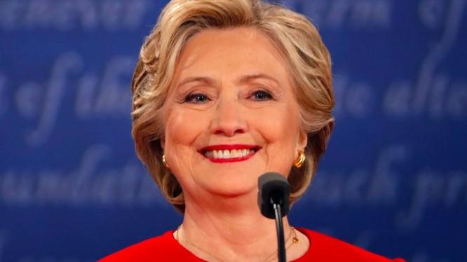 Giới phân tích hầu như thống nhất bà Hillary đã thắng trong cuộc tranh luận trực tiếp đầu tiên với ông Trump
