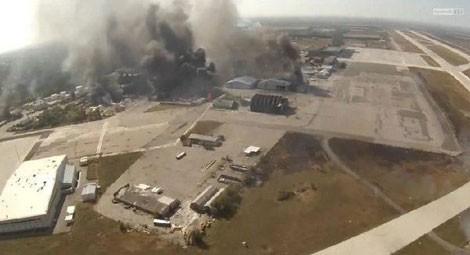 Giao tranh ác liệt giữa lực lượng ly khai và quân chính phủ Ukraina tại sân bay Donetsk