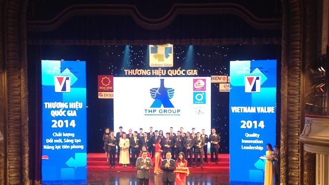 Chủ tịch kiêm tổng Giám đốc Tân Hiệp Phát nhận giải thưởng thương hiệu Quốc gia 2014