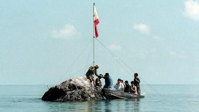 Bãi cạn Scarborough nằm trong vùng đặc quyền kinh tế của Philippines - Ảnh: Philstar