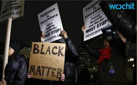 Các cuộc biểu tình phản đối việc đối xử bất công với người da đen đã diễn ra ở thành phố New York từ ngày 3/12. Ảnh Wochit.