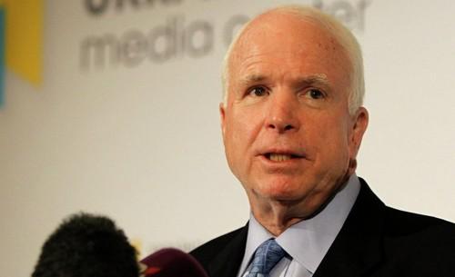 Nghị sĩ John McCain. Ảnh: AP