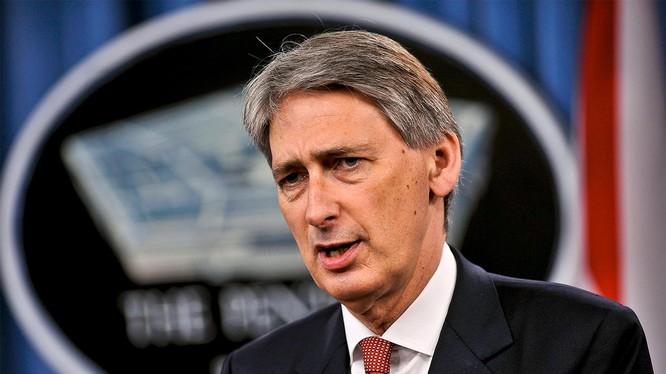 Ngoại trưởng Anh Philip Hammond