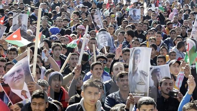 Tuần hành phản đối IS tại Jordan. (Nguồn: AFP/TTXVN)